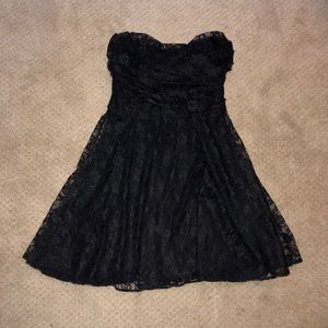 Black Lace Express Dress (Small)